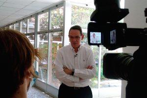 Juan Muñoz presenta en medios la Guía COVID-19 para Colegios Mayores
