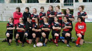 Equipo femenino de rugby del Chaminade en la final de 2012